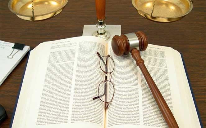 Решения суда всегда трудно принять