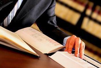 Переводчик и сурдопереводчик в суде – что нужно знать