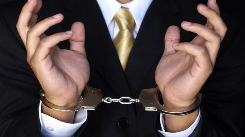 Игнорирование требований, указанных в решении судебной инстанции, возможна уголовная ответственность